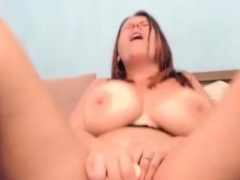 Hot Sexy Hefty Tits Crude Webcam Dildo Show