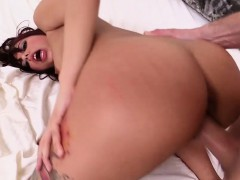 Mofos - I Know That Girl - Gina Valentina - D