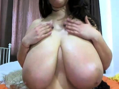 Busty BBW masturbates on webcam
